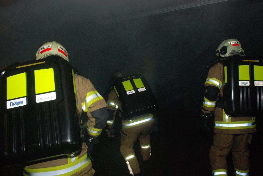 SSG Trupp im Brandobjekt